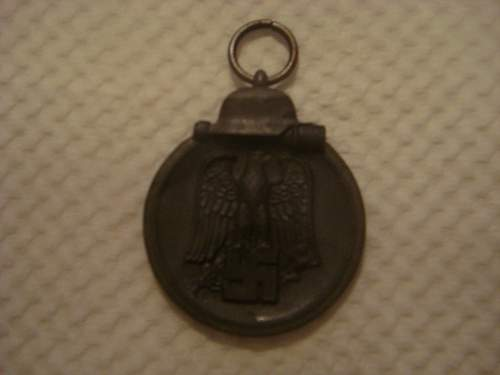 Click image for larger version.  Name:german medals 005.jpg Views:148 Size:88.2 KB ID:26630