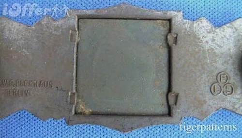 Click image for larger version.  Name:rare-circle-fll-berlin-maker-bronze-close-combat-clasp-b18f[1].jpg Views:72 Size:38.8 KB ID:267352