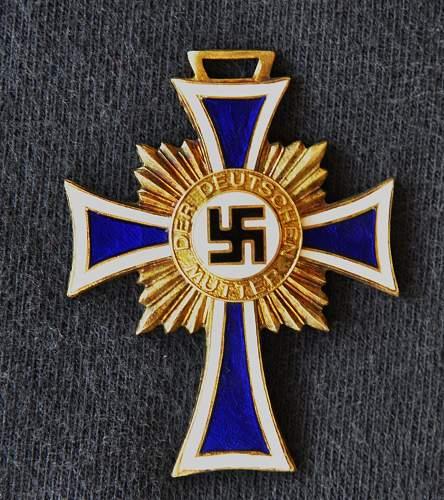 Ehrenkreuz der Deutschen Mutter (Cross of Honour of the German Mother)