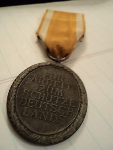 Deutsches Schutzwall-Ehrenzeichen (Western Wall medal)
