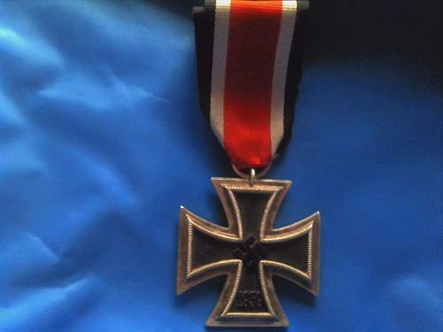 EK2 and 40 years faithful service medal, what do you guys think?