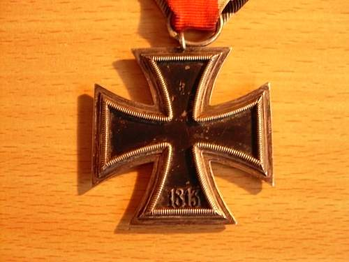 Click image for larger version.  Name:Various pics + iron cross 060.jpg Views:76 Size:244.9 KB ID:287391