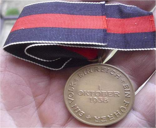 Die Medaille zur Erinnerung an den 1. Oktober 1938: Real or fake