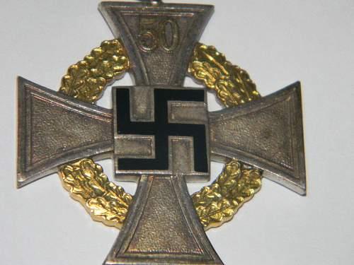 Treue Dienst Ehrenzeichen Sonderstufe 50 Jahre.