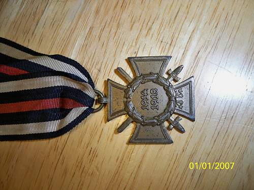 Click image for larger version.  Name:medals 019.jpg Views:75 Size:257.2 KB ID:294964