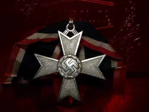 Click image for larger version.  Name:german badge 089.jpg Views:56 Size:144.4 KB ID:302100