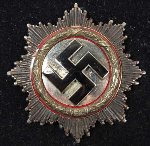 Deutsches Kreuz in Gold...