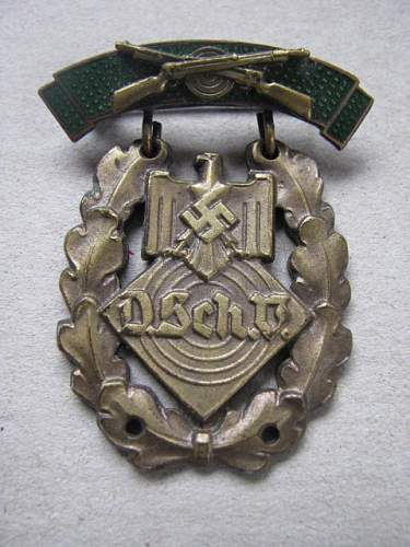 Click image for larger version.  Name:D Sch badge front.jpg Views:15 Size:201.3 KB ID:315314