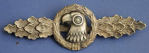 Click image for larger version.  Name:medals%20001.jpg Views:55 Size:111.5 KB ID:317402
