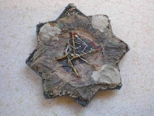 Cloth Deutsches Kreuz in Gold. Fake ????
