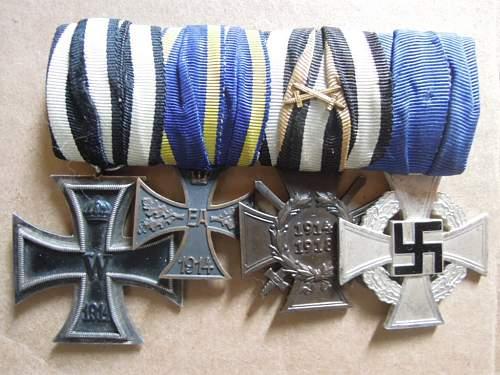 Click image for larger version.  Name:EKII-1914Braunschweig-KVKIIFrontkämpfer-Treudienst-Ehrenzeichen für 25 Jahre (obverse .JPG Views:60 Size:187.7 KB ID:320841