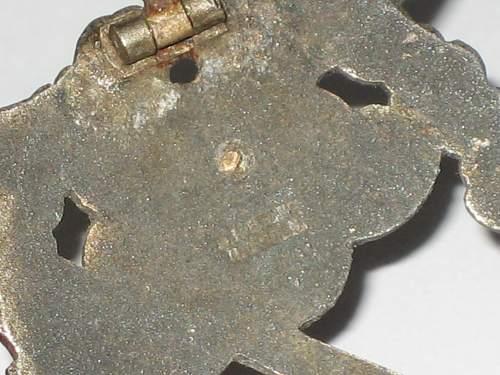 Click image for larger version.  Name:Erdkampfabzeichen der Luftwaffe 034.jpg Views:91 Size:238.2 KB ID:321980