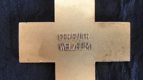 Ehrenzeichen des Deutschen Roten Kreuzes, 1.Stufe ......for my repro collection?