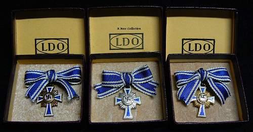 Ehrenkreuz der Deutsche Mutter Dritte Stufe, miniature