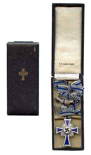 Click image for larger version.  Name:Silver Mothers Cross.jpg Views:112 Size:206.6 KB ID:352960