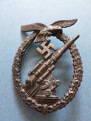 Pics of my Assmann Luftwaffe Flakkampfabzeichen