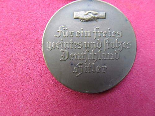 Hindenburg Hitler 30-1-1933   5-3-1933 election item