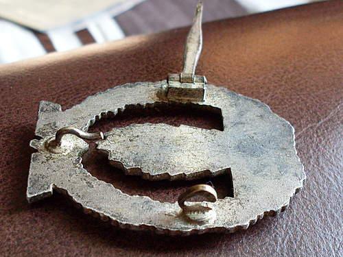 Kriegsabzeichen fur minensuch (maker??)