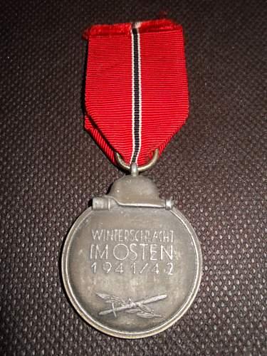 """Medal """"Winterschlacht im Osten 1941/42"""" (Ostmedaille) - RZM Code 127"""
