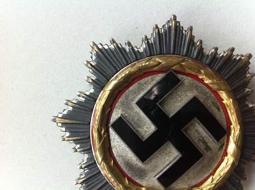 Deutsches Kreuz in Gold real?