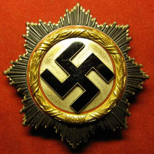 Click image for larger version.  Name:004 German Cross in Gold.JPG Views:173 Size:233.4 KB ID:410265