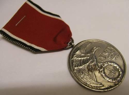 Click image for larger version.  Name:german medal blood 2.jpg Views:63 Size:36.2 KB ID:423686