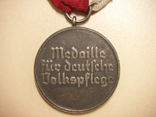 Click image for larger version.  Name:Medaille Deutsche Volkspflege 3 (2).jpg Views:144 Size:171.8 KB ID:428837