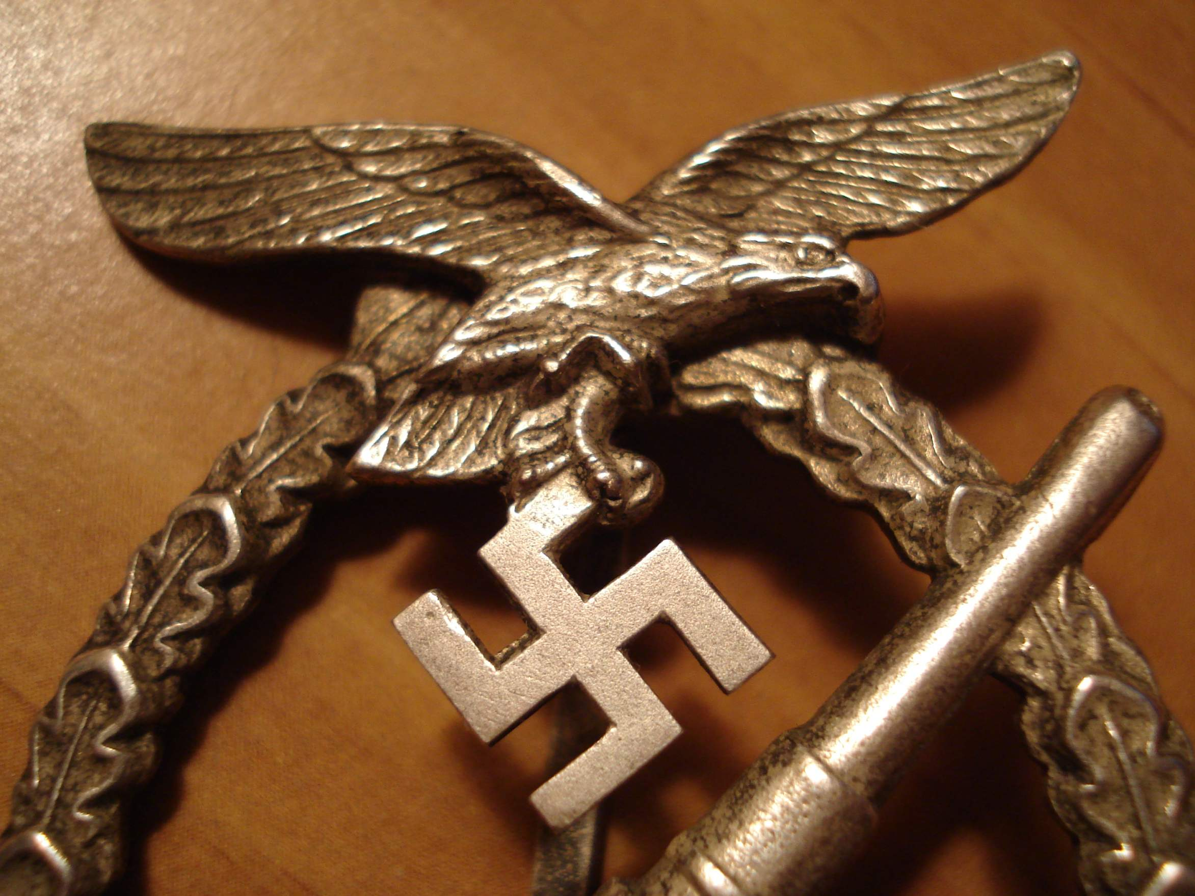Flakkampfabzeichen der Luftwaffe real or repro??