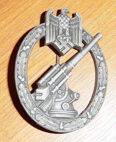 Click image for larger version.  Name:Heer Flak badge front.JPG Views:431 Size:149.6 KB ID:4295