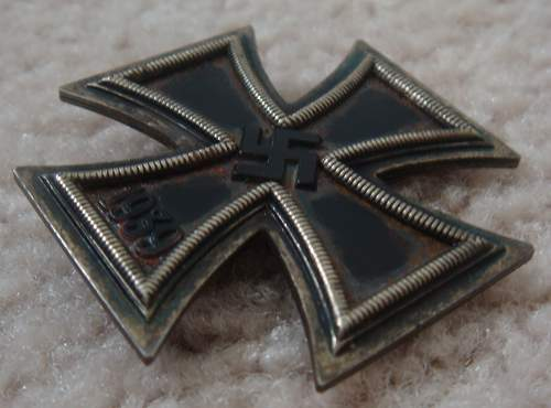 Click image for larger version.  Name:1st Class Iron Cross - Front.jpg Views:105 Size:215.4 KB ID:43357