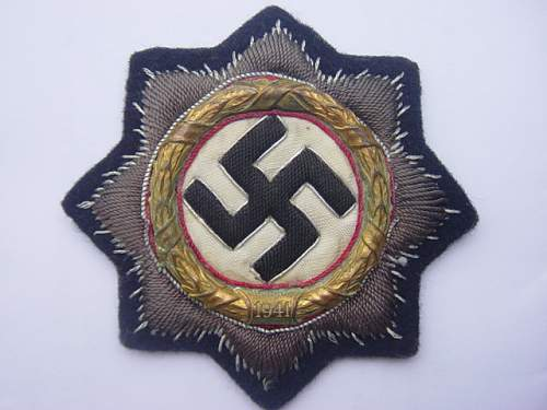 Click image for larger version.  Name:German Cross in Gold. Cloth version on black backing. 002.jpg Views:129 Size:144.2 KB ID:4340