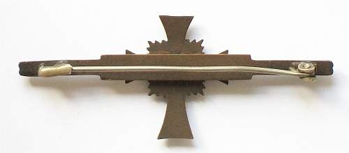 Ehrenkreuz der Deutsche Mutter Zweite Stufe, Miniature brooch version