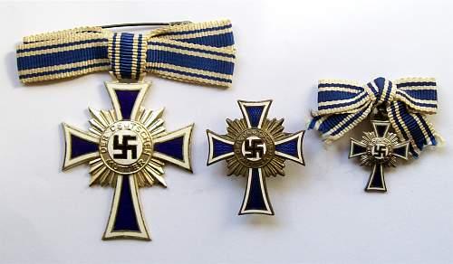 Ehrenkreuz der Deutsche Mutter Erste Stufe Cased