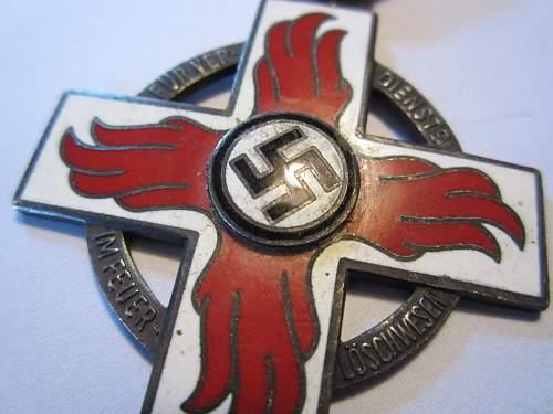 Reichsfeuerwehr-ehrenzeichen 2.Stufe?