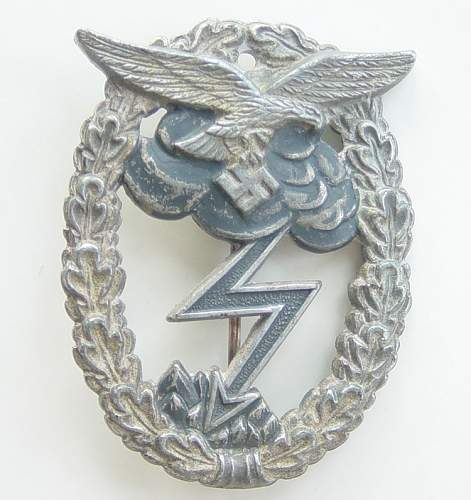 Luftwaffe Erdkampfabzeichen / Ground Combat badge
