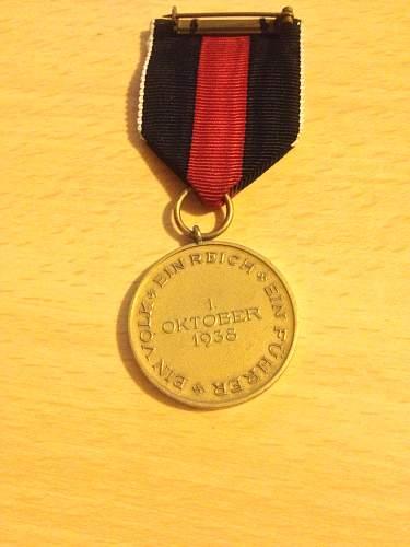 Click image for larger version.  Name:suderterland medal 5.jpg Views:106 Size:321.8 KB ID:454878