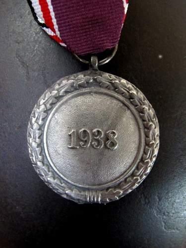 Luftschutz medaille.