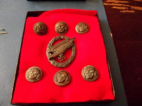 Paratrooper badge and SS Death Head buttons...any of this stuff real??