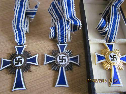 Click image for larger version.  Name:Mothers Crosses.jpg Views:92 Size:328.2 KB ID:463520