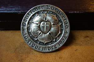 medal or pin ..deutscher Luthertag 1933 ??? any info plaese