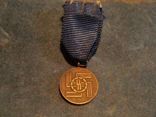 Click image for larger version.  Name:8 YEAR SS MEDAL 007.jpg Views:116 Size:221.0 KB ID:46632