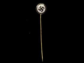 Help with German memorabilia