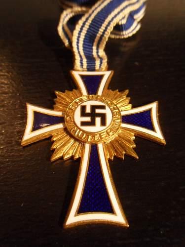 Ehrenkreuz der Deutsche Mutter Erste Stufe - Share