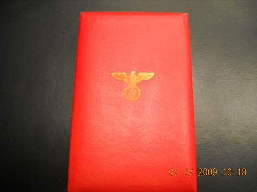 Click image for larger version.  Name:NSDAP 25 Yr Service Medal Case Exterior 2.jpg Views:185 Size:269.2 KB ID:48602