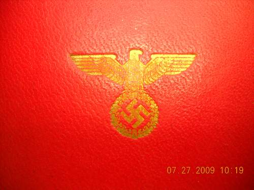 Click image for larger version.  Name:NSDAP 25 Yr Service Medal Case Exterior Symbol Detail.jpg Views:820 Size:242.3 KB ID:48603