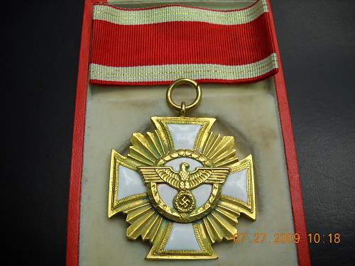 Click image for larger version.  Name:NSDAP 25 Yr Service Medal with ribbon in Case.jpg Views:566 Size:241.4 KB ID:48610