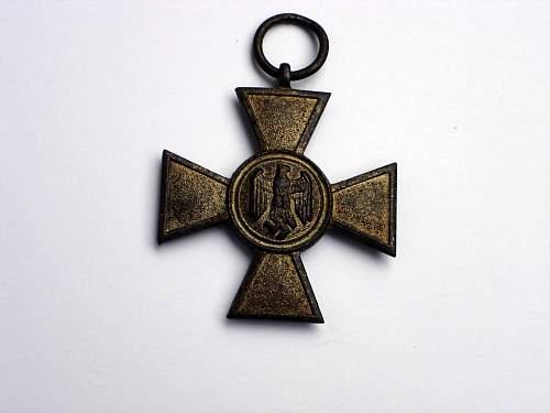Dienstauszeichnung der Wehrmacht 4.Klasse, 4 Jahre & 25 Jahre - Opinions Please