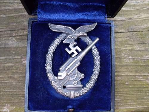 Luftwaffe Flakkampfabzeichen.