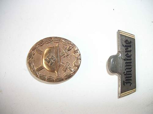 Wound Badge & Infanterie Pin - Fake?