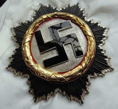 light-weight Godet German Cross in Gold
